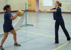 throwing_catching_netball_compressed